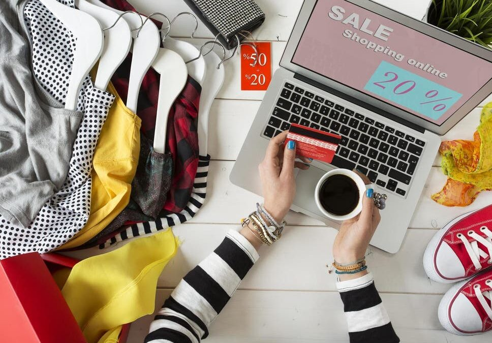 5 Tips To Help You Shop For Clothes Online