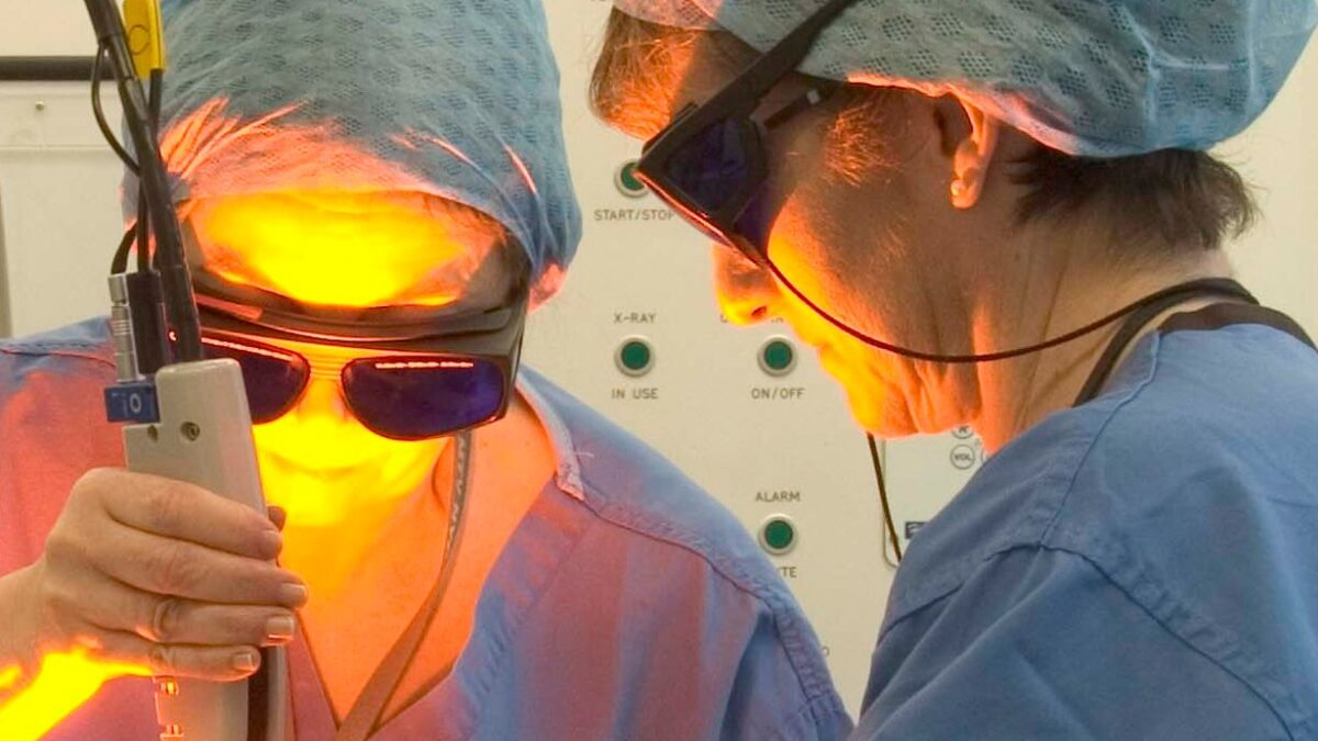What's the Difference Between Traditional Laser Surgery and Cosmetic Laser Surgery